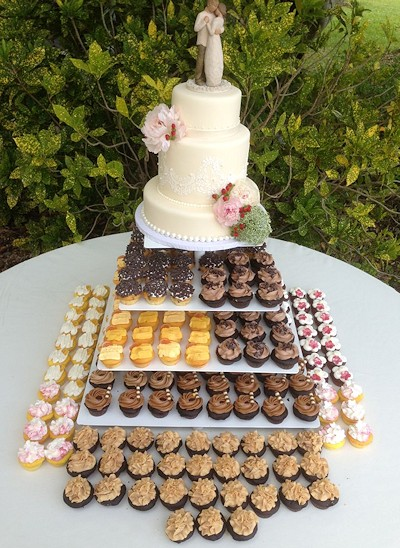 Affordable Catering Wedding Cakes